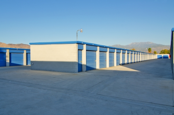 A american self storage autos post for Ridgecrest storage units