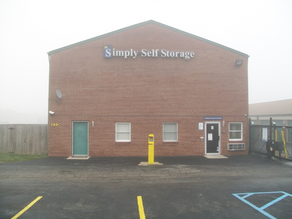 Simply Self Storage  Beachway\/Westlake  749 Beachway Dr Indianapolis IN  StorageCompany.com