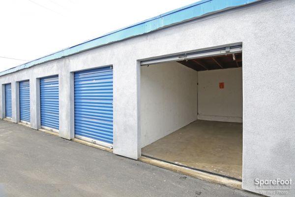 A American Self Storage Santa Fe Springs 13443