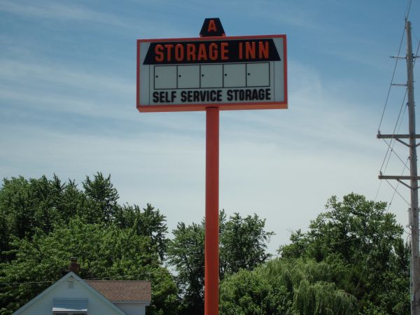 A Storage Inn Hwy 94 2130 Old Highway 94 South St