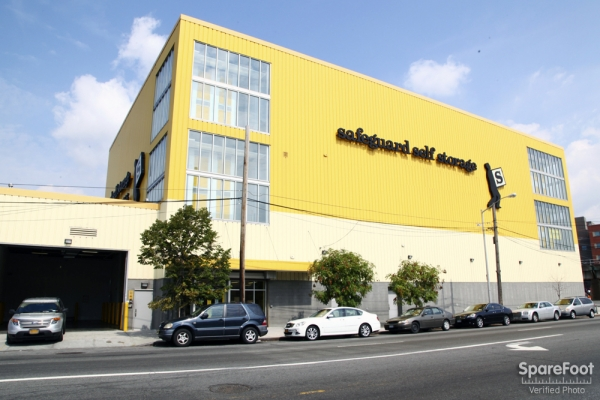 Safeguard self storage liberty ave 156 01 liberty ave for 155 10 jamaica avenue second floor jamaica ny 11432