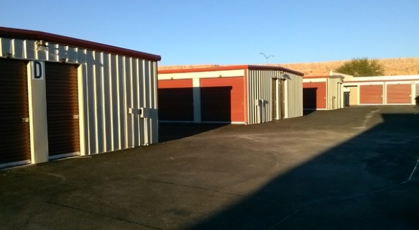 Pioneer Storage 513 Commerce Circle Mesquite Nv