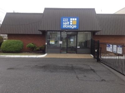 Uncle Bob S Self Storage Glenolden Chester Pike 407