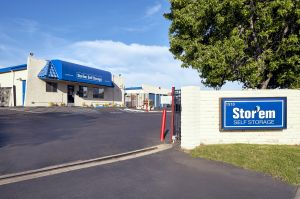 Storem Self Storage - Escondido