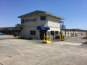 Life Storage - Friendswood