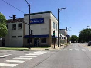 Life Storage - Chicago - North Austin Avenue