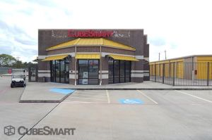 CubeSmart Self Storage - Manvel - 17512 Hwy 6