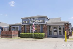 Security Self Storage - Forest LBJ