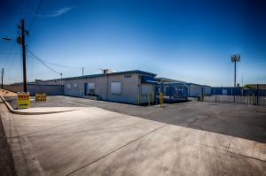 US Storage Centers - Glendale - 5801 West San Miguel Avenue
