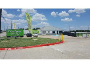 Extra Space Storage - Dallas - 12100 Shiloh Rd