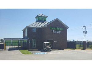 Extra Space Storage - Kemah - State Hwy FM 518