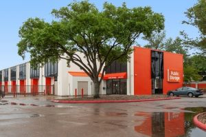Public Storage - Houston - 10944 Millridge North Drive