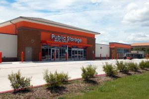 Public Storage - Pearland - 2760 Brownstone Place