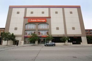 Public Storage - Chicago - 362 W Chicago Ave