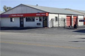 Public Storage - Wichita - 3515 W Maple Street