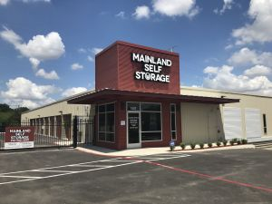 Mainland Self Storage