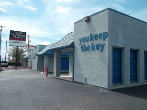 Your Storage Place - San Antonio - Fredricksburg Rd.