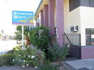 Storage West - Glendale
