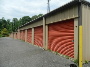10 Federal Self Storage - South Point Rd